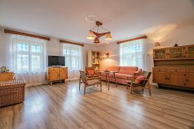 Prodej, rodinný dům 1035 m2, Krušovice (Prodej, rodinný dům, 1035 m², Krušovice), foto 2/16