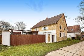 Prodej, rodinný dům, 1035 m², Krušovice