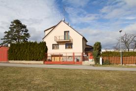 Prodej, rodinný dům 5+1, 352 m2, Dubné, okr.České Budějovice