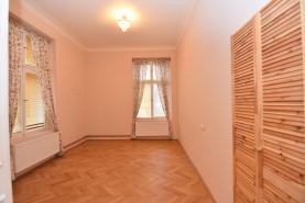 Místnost s skladem (Prodej, kancelářské prostory, 120 m2, Liberec,ul. Masarykova)