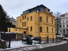 'Pohled na dům (Prodej, kancelářské prostory, 120 m2, Liberec,ul. Masarykova)