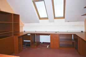(Pronájem, kanceláře, 56 m2, Mariánské Lázně, ul. Plzeňská), foto 2/8