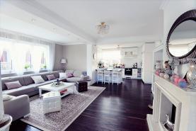 Prodej, rodinný dům, 838 m2, Jenišov