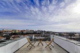 Prodej, byt 5+1, 172 m2, Praha 8, ul. Klapkova. terasa