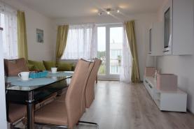 Pronájem, byt 2+kk, 60 m2, Velký Osek u Kolína