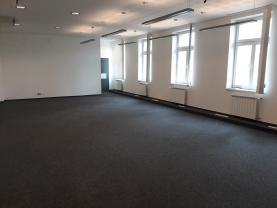 (Pronájem, obchodní prostor 310 m2, Benešov), foto 4/13