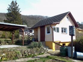 pohled na zděnou chatu+zahrada (Prodej, chata, 443 m2, Ústí nad Labem - Brná), foto 2/33