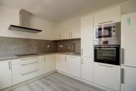Prodej, byt 2+1, 57 m², Benešov