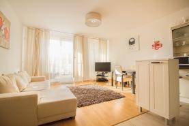 Pronájem, byt 2+kk, 65 m2, Praha 5 - Smíchov, terasa 156 m2