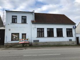 Prodej, rodinný dům, 300 m2, Doňov