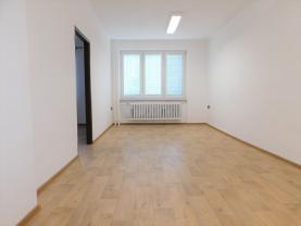 (Prodej, byt 3+1, 69 m2, OV, Kraslice, ul. Pohraniční stráže), foto 4/39