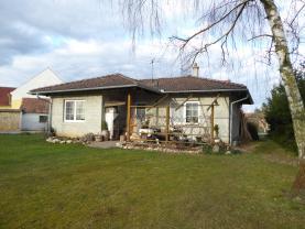 Prodej, rodinný dům 3+1, 1735 m2, Dívčice