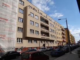 Prodej, byt 3+1, 74 m2, Pardubice, ul. Sladkovského