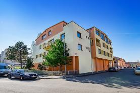 Prodej, obchodní prostory, 105 m2, Praha, U Kloubových domů