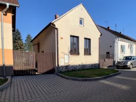 Prodej, rodinný dům, 400 m2, Chotěšov, ul. Hřbitovní