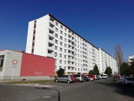 Prodej, byt 2+1, 60 m2, Klášterec n/O, ul. J. A. Komenského