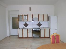 Pronájem, byt 2+kk, Hradec Králové, ul. Břetislavova
