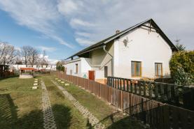 Prodej, rodinný dům 5+1, 7270 m2, Moravany - Čeradice