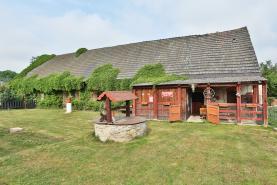(Prodej, rodinný dům 5+1, 7270 m2, Moravany - Čeradice), foto 2/33