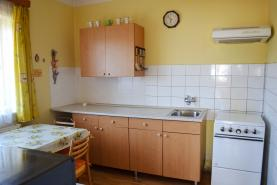 kuchyně přízemí (Prodej, rodinný dům, 4+1, 597 m2, Nová Ves nad Nisou), foto 4/20