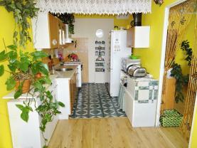 kuchyně + jídelní kout (Prodej, byt 3+1, Mladá Boleslav, ul. Mládežnická), foto 3/14