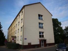 Pronájem, byt 3+1, 58 m2, Chvaletice, ul. Obránců míru