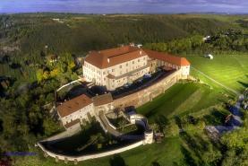 Prodej, atypický byt, hrad, Dolní Kounice