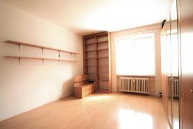 Ložnice (Prodej, byt 3+1, 70 m2, OV, Karlovy Vary, ul. Školní), foto 3/12