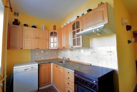 Kuchyně (Prodej, byt 3+1, 70 m2, OV, Karlovy Vary, ul. Školní), foto 4/12