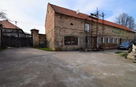 Prodej, zemědělská usedlost, 2270 m2, Vrbčany okr. Kolín