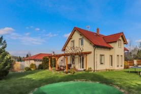 Prodej, rodinný dům, 671 m2, Mukařov