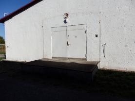 (Pronájem, obchodní prostory, 600 m2, Čeperka), foto 3/7