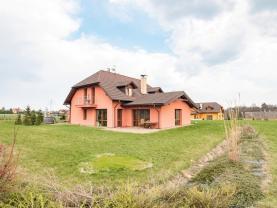 Pronájem, rodinný dům 9+1, 310 m2, Horní Bludovice