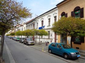 Pronájem, kancelářské prostory, 239 m2, Pardubice - centrum