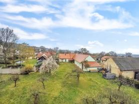 Prodej, rodinný dům, 297 m2, Zavidov