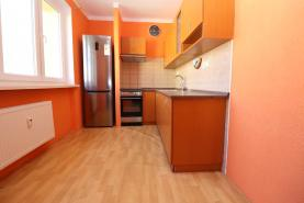 (Prodej, byt 3+1, 77 m2, Habartov, ul. Raisova), foto 3/16
