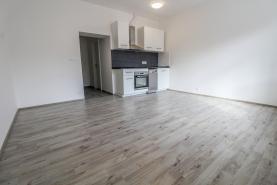 Pronájem, byt 2+kk, 39 m2, Kladno - Kročehlavy
