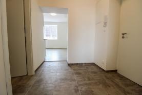 (Pronájem, byt 2+kk, 39 m2, Kladno - Kročehlavy), foto 4/8