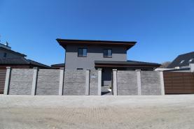 Prodej, rodinný dům 5+1, 192 m², Veleň