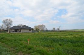 Prodej, stavební parcela, 1433 m2, Strachotín