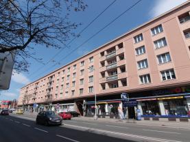 Prodej, byt 2+1, 59 m2, Hradec Králové, ul. Gočárova