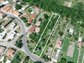 Označení pozemku v Hřivčicích (Building lot, 1727 m2, Louny, Peruc)