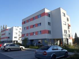 Prodej, byt 3+kk, 63 m2, Milovice