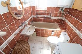 koupelna (Flat 3+1, 75 m2, Děčín, Jeronýmova)