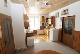 kuchyň (Flat 3+1, 75 m2, Děčín, Jeronýmova)