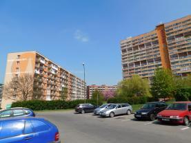 Okolí (Flat 3+1, 81 m2, Chomutov, Březenecká)