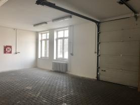 Pronájem, skladové prostory, 249 m2, Krnov, ul. Hlubčická