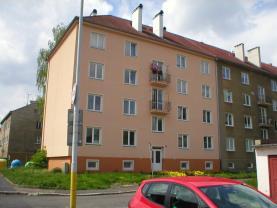 Prodej, byt 3+1, 74 m2, s garáží, Karlovy Vary - Dvory
