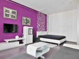 Prodej, byt 2+kk s garáží, 47 m2, Pardubice, ul. Bubeníkova