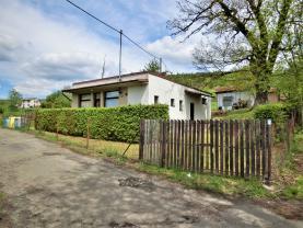 Prodej, dům 3+1, Staré Mitrovice